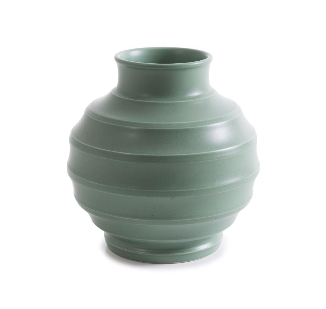 'Matt Green' vase, 1933-39