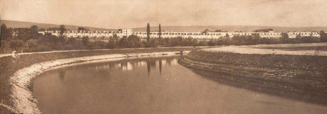 Two photographs 'Römerstadt', Frankfurt/Main, c1926 - 2