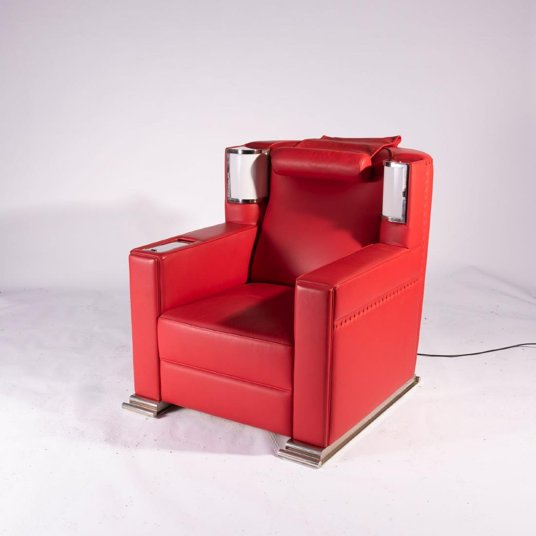 'Red comfortable chair', 1931 - 6