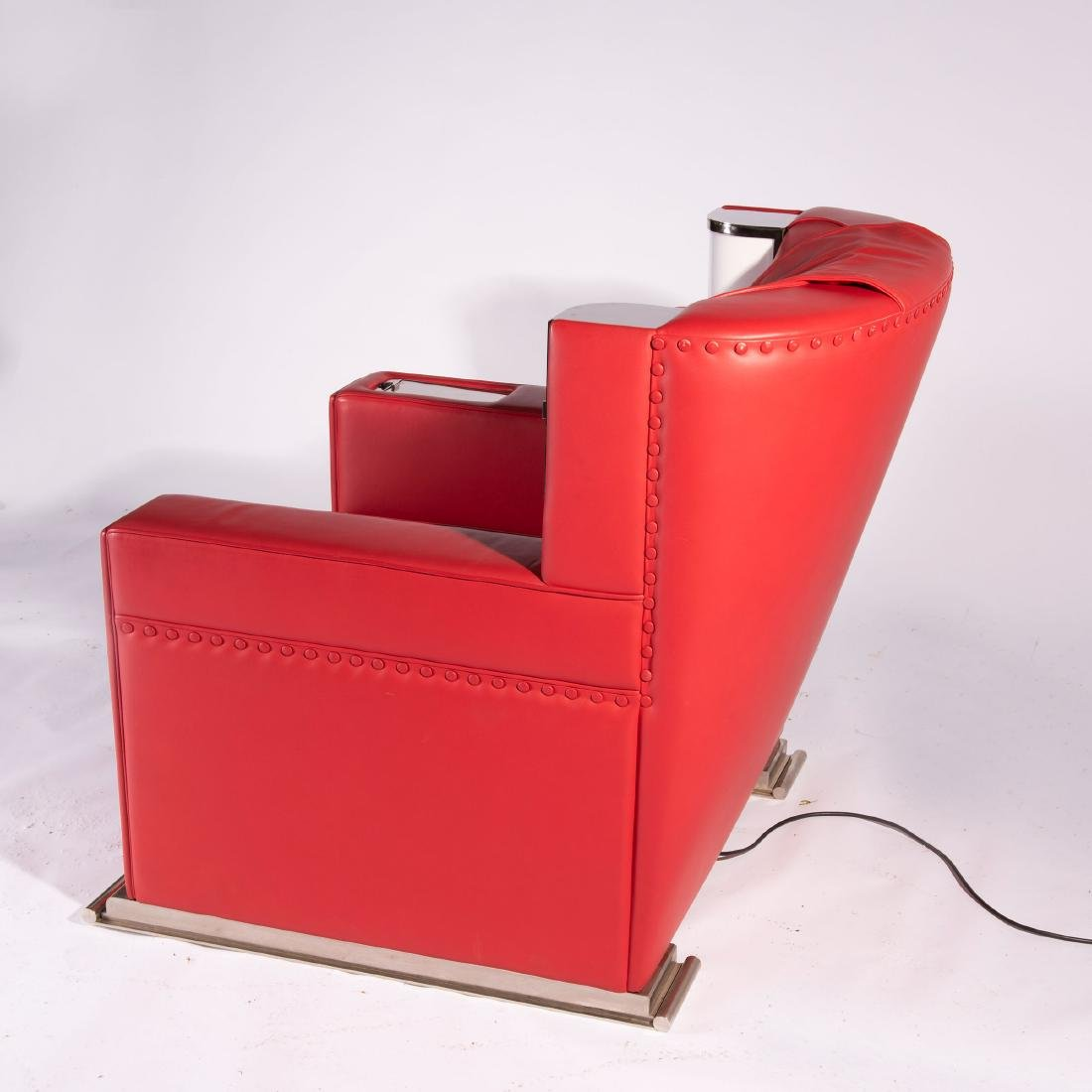 'Red comfortable chair', 1931 - 7
