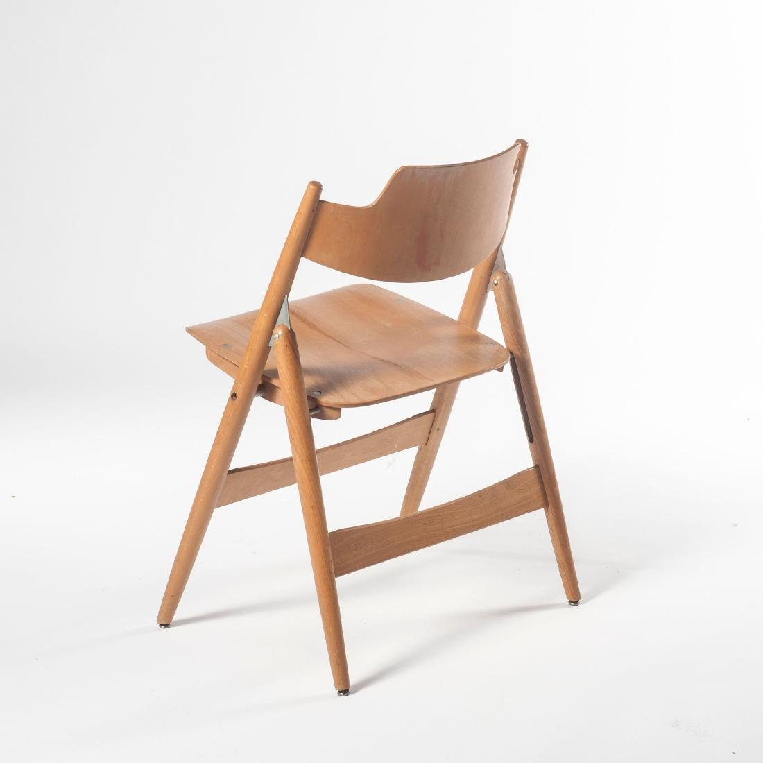 Six 'SE 18' folding chairs, 1953 - 3