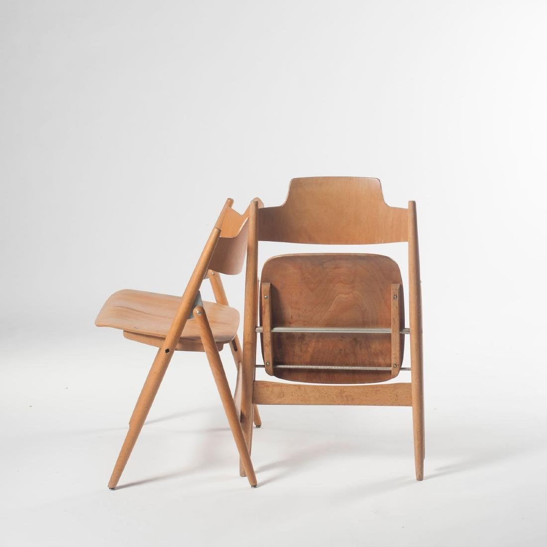 Six 'SE 18' folding chairs, 1953 - 5