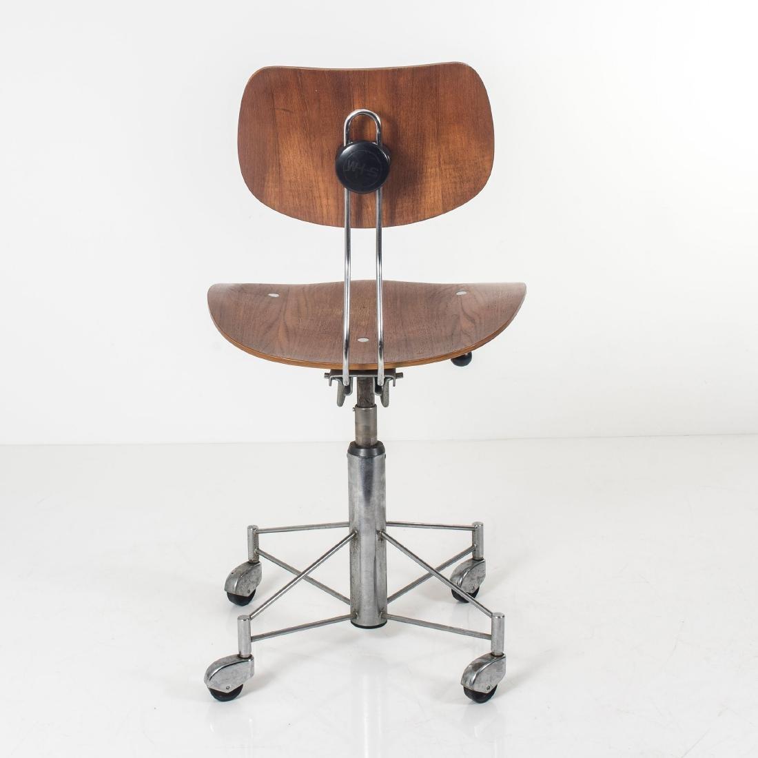 'SE 140R' desk chair, 1957 - 10