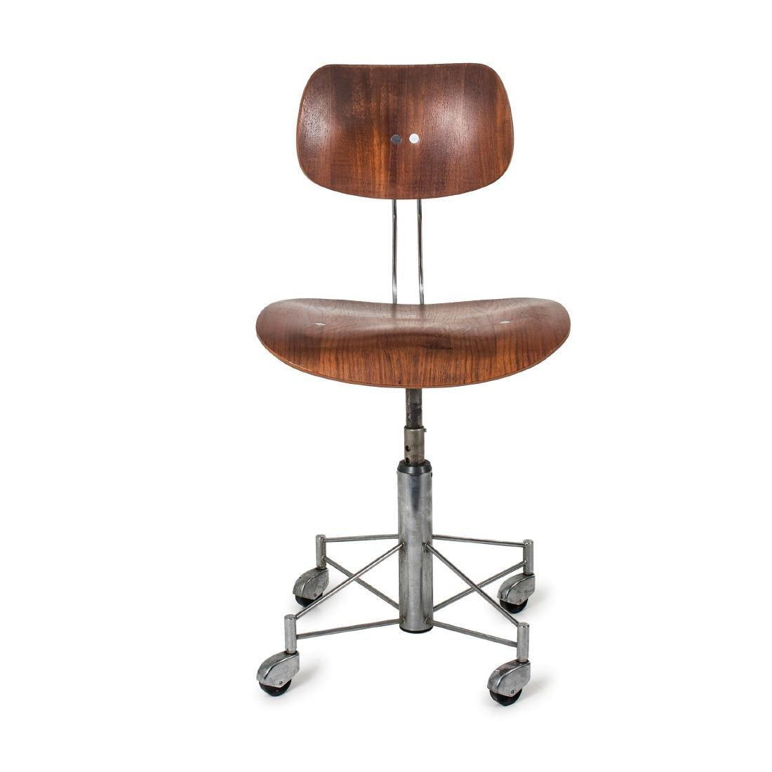'SE 140R' desk chair, 1957