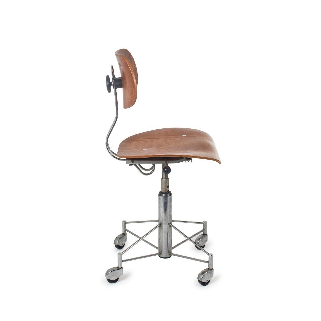 'SE 140R' desk chair, 1957 - 3