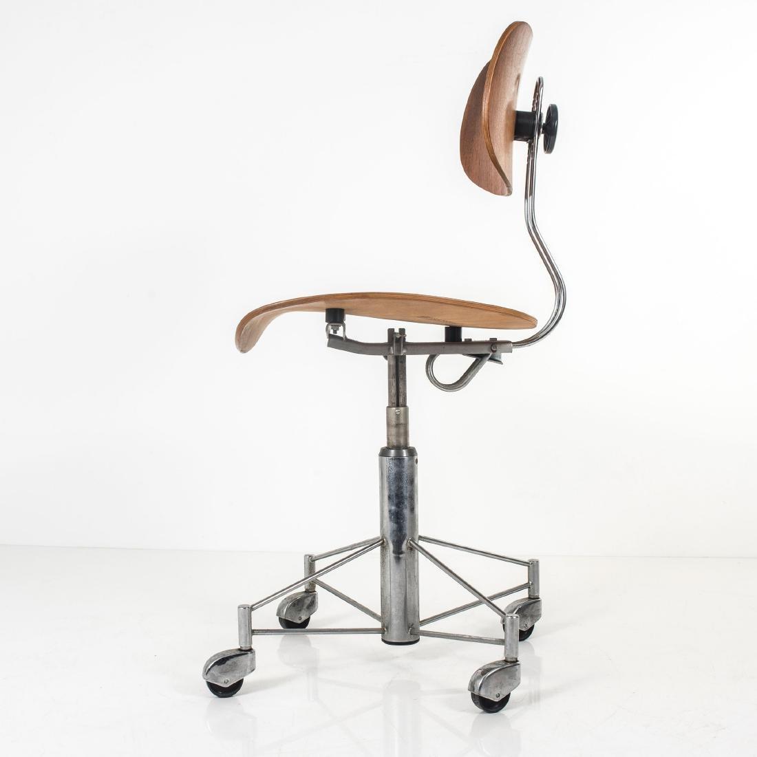 'SE 140R' desk chair, 1957 - 9