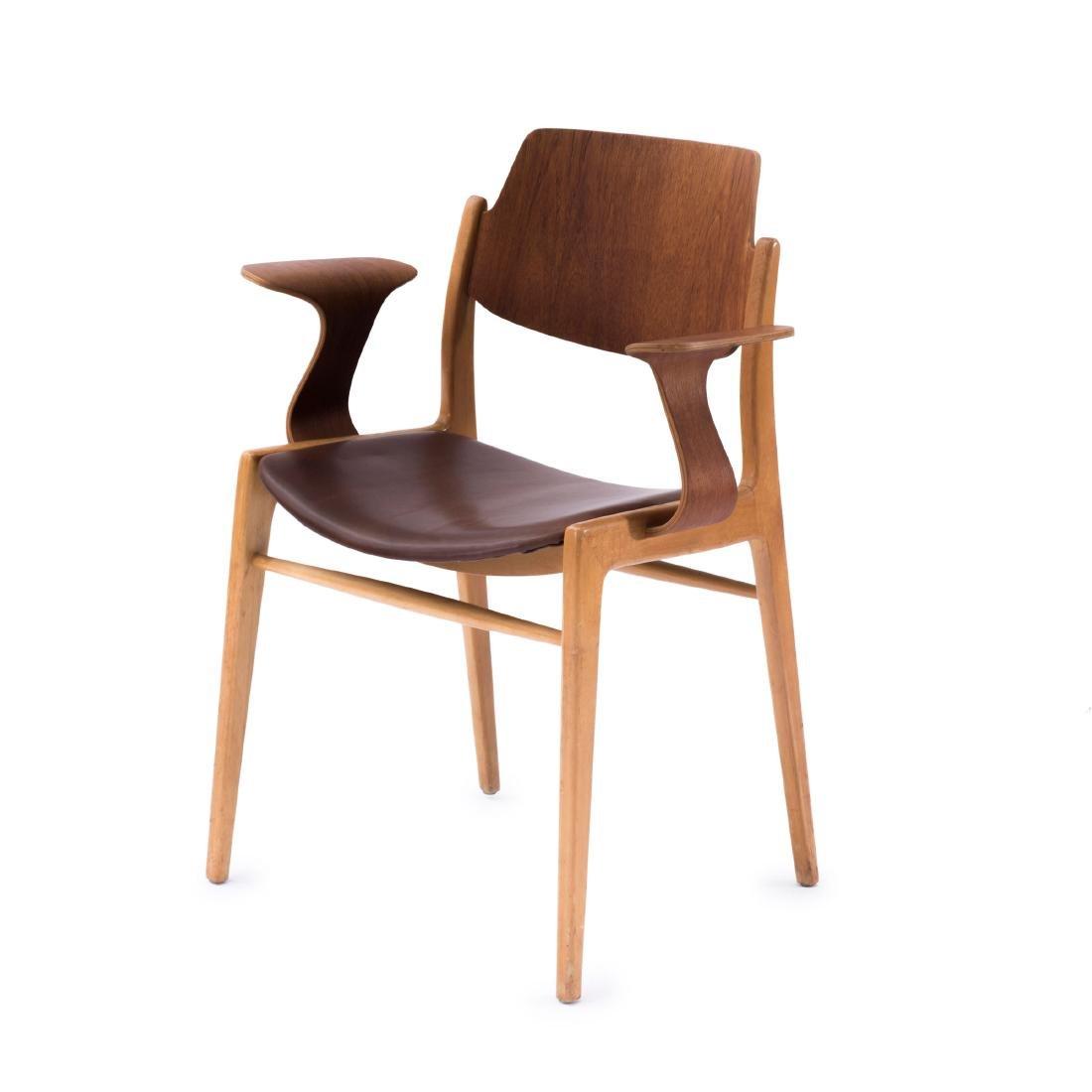 '476A' armchair, c1958