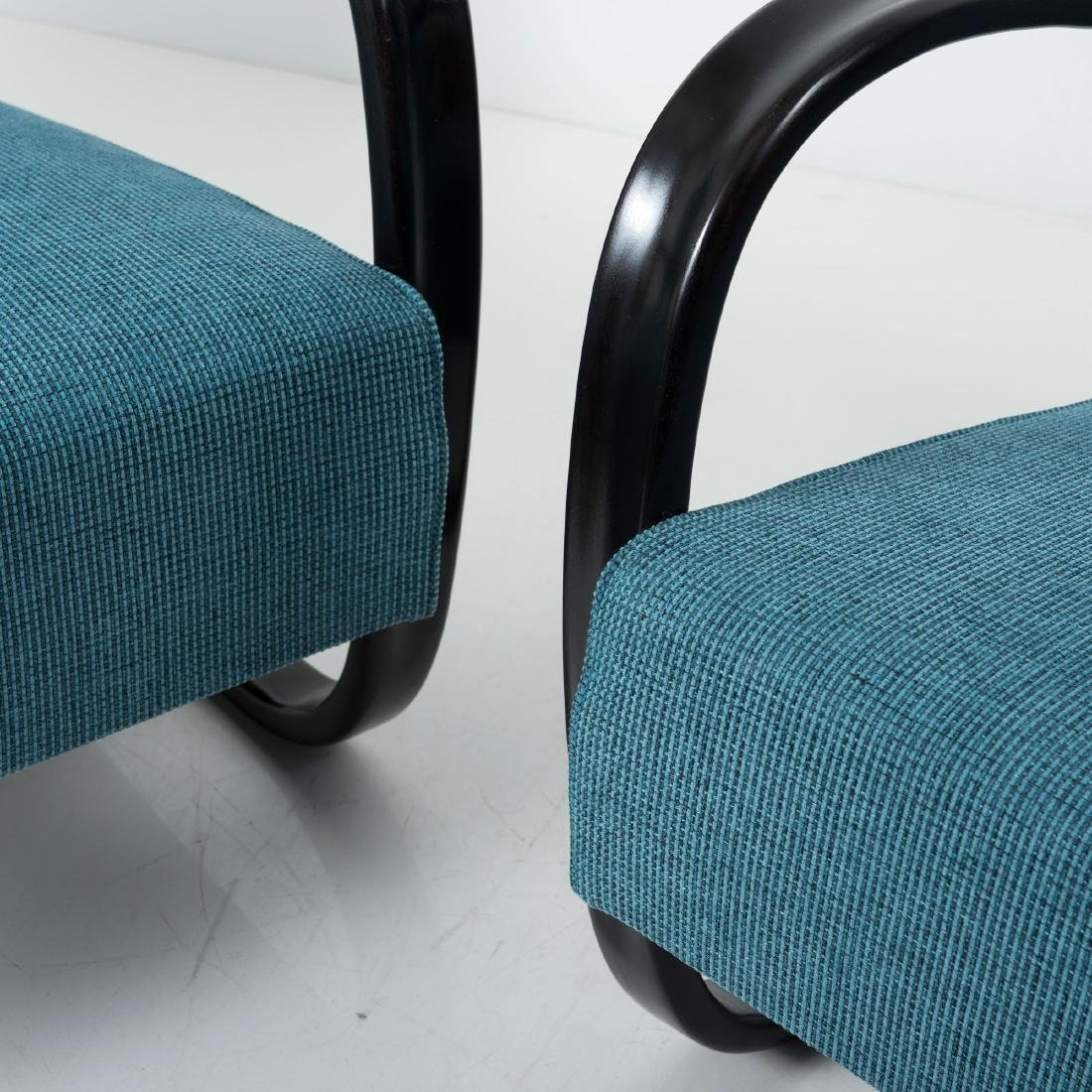 Two 'H 269' easy chairs, 1930s / 1940s - 2