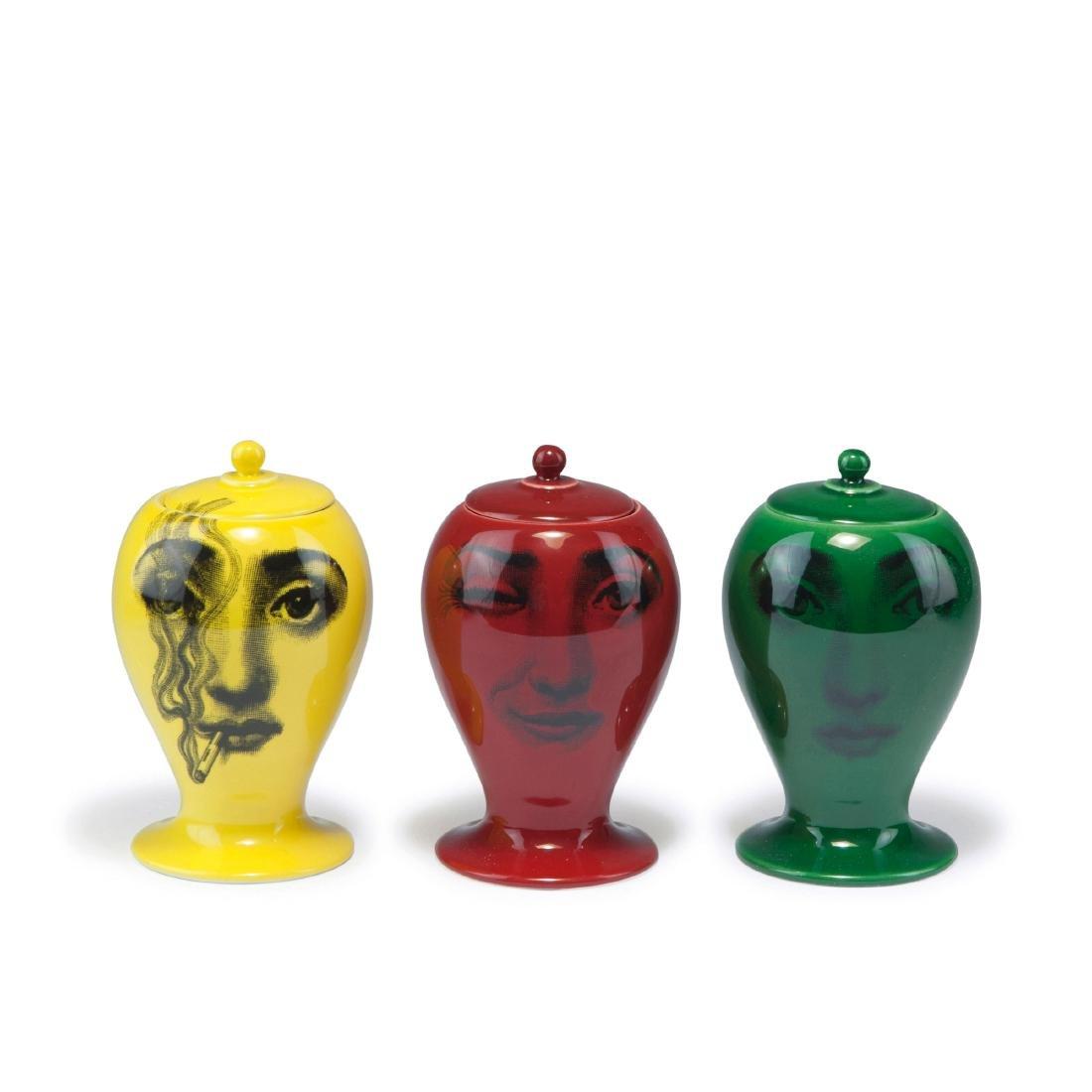Three small vases, 'Buonanotte', 'Il fumo fa male',