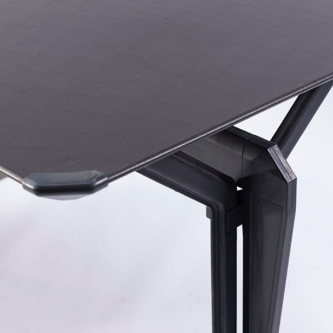 'Arco' desk, 1963 - 2