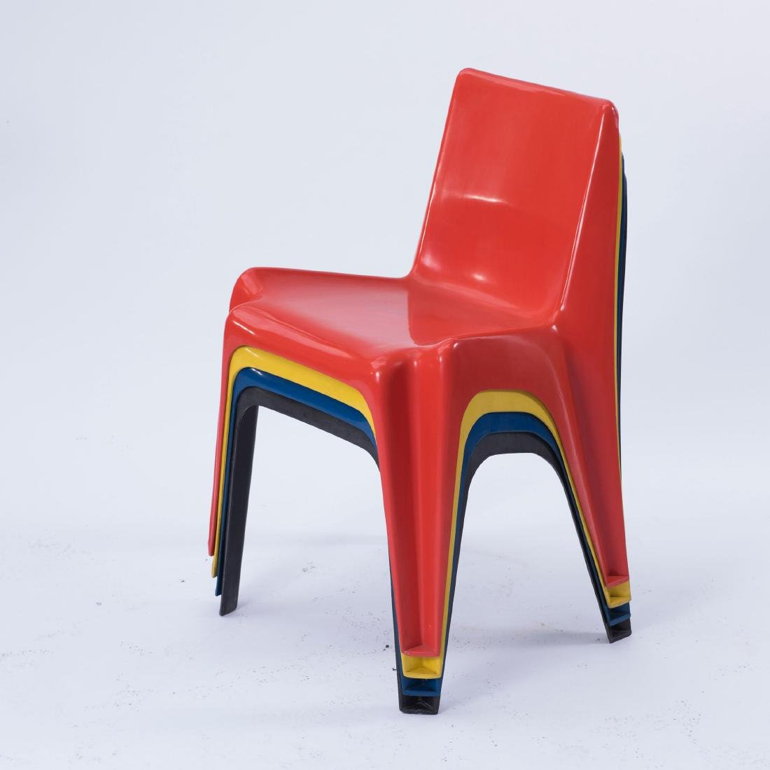 Table and four 'BA 1171' stacking chairs, 1964 - 3