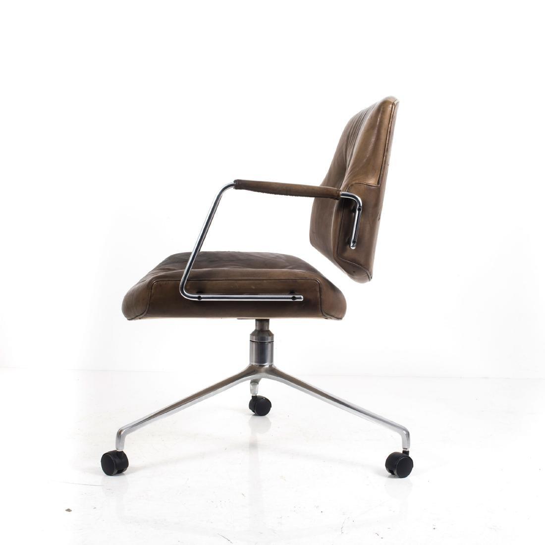 'DK-2' armchair, c. 1965 - 3