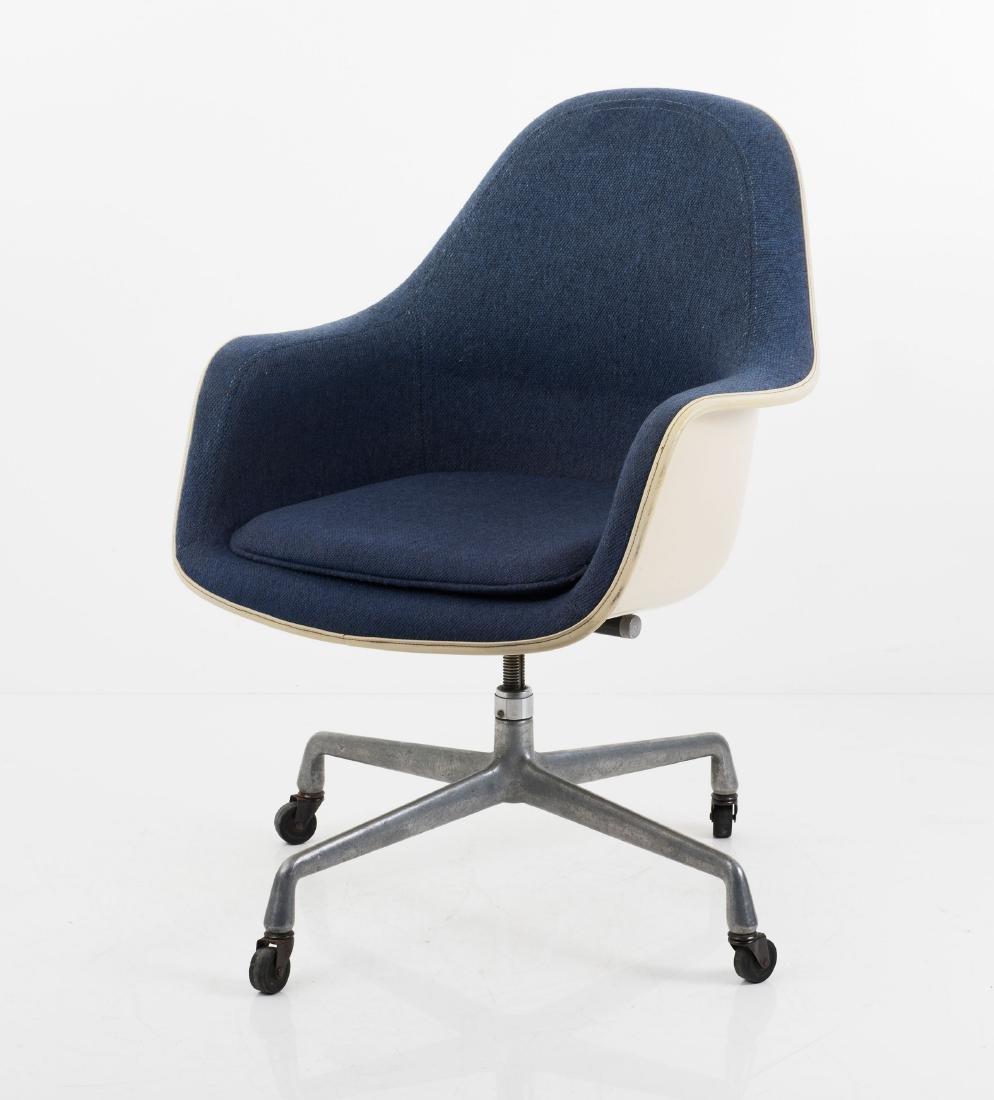 'Loose Cushion Armchair', 1971 - 3