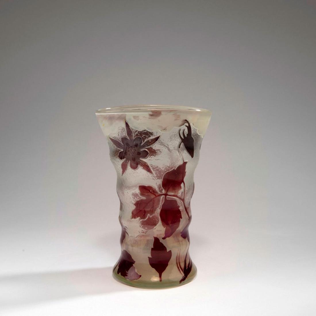 'Ancolies' vase, 1900-02