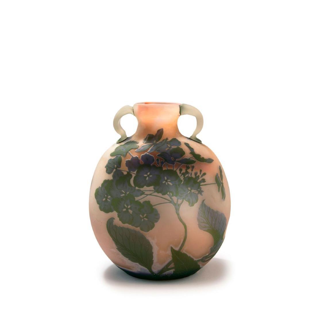 'Hortensias' vase with handles, 1902-03