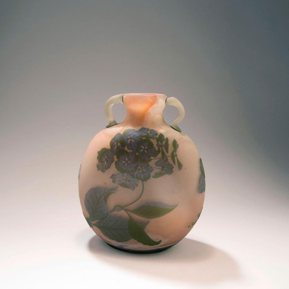 'Hortensias' vase with handles, 1902-03 - 2