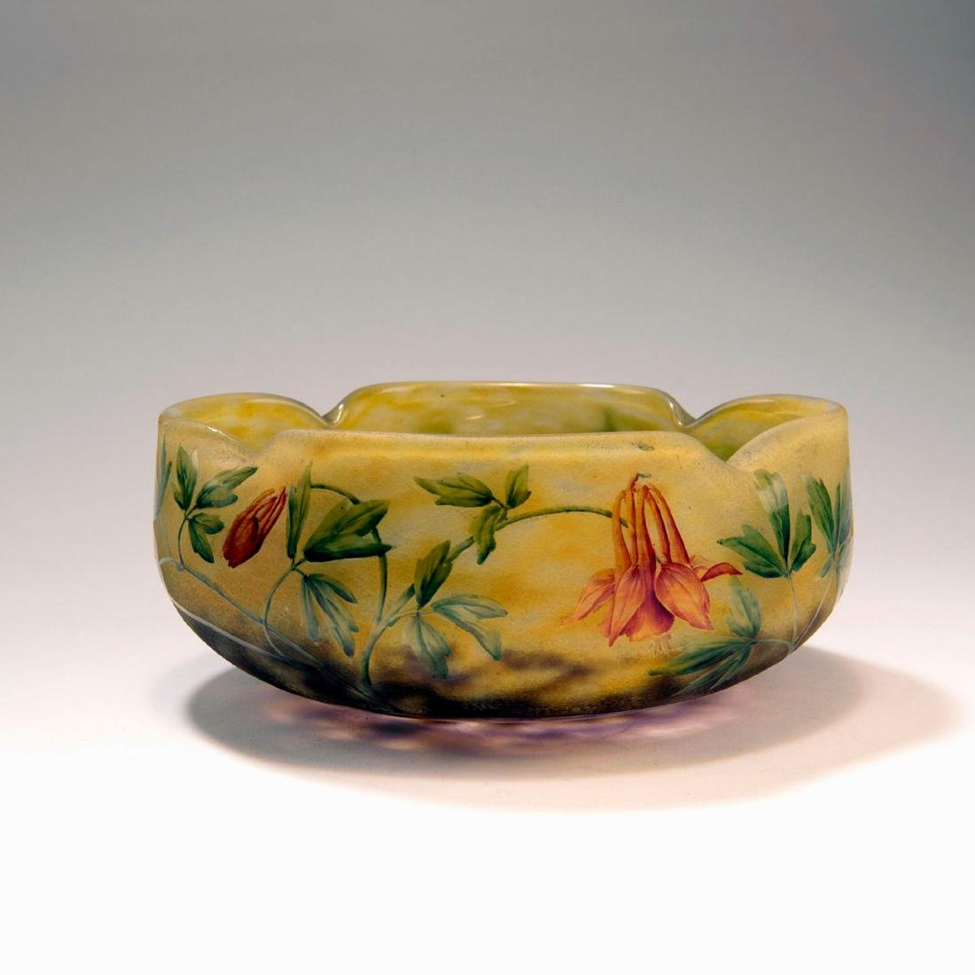 'Ancolies' bowl, c. 1910
