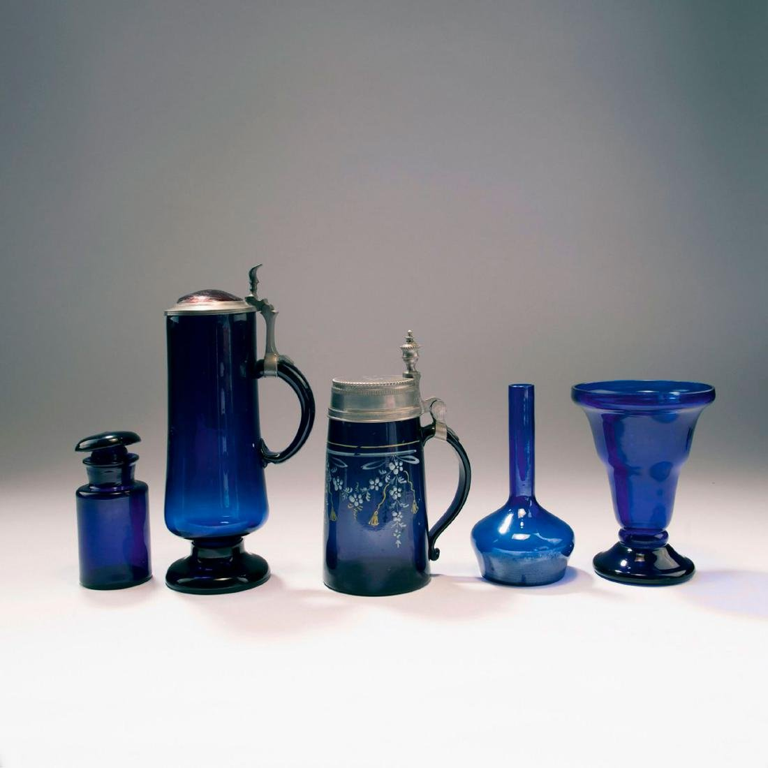 Mixed lot of glassware, 5 pieces, c. 1900 - 1920s