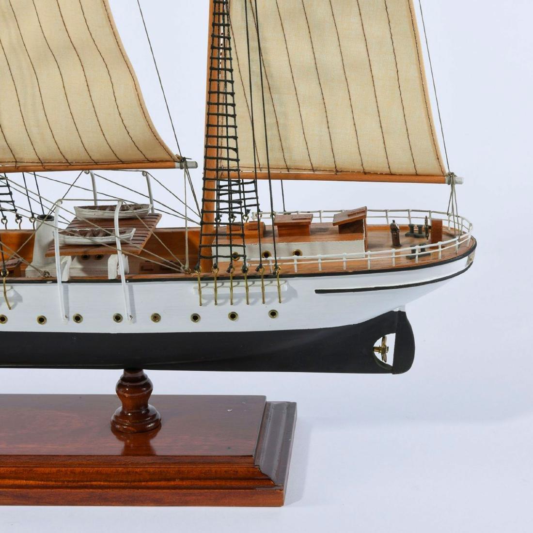 Model three-masted barque 'Mercator' - 3