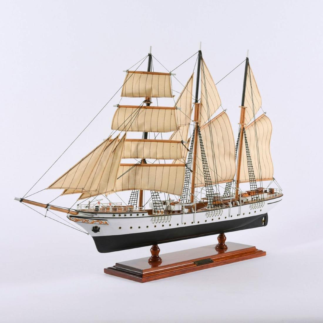 Model three-masted barque 'Mercator' - 5