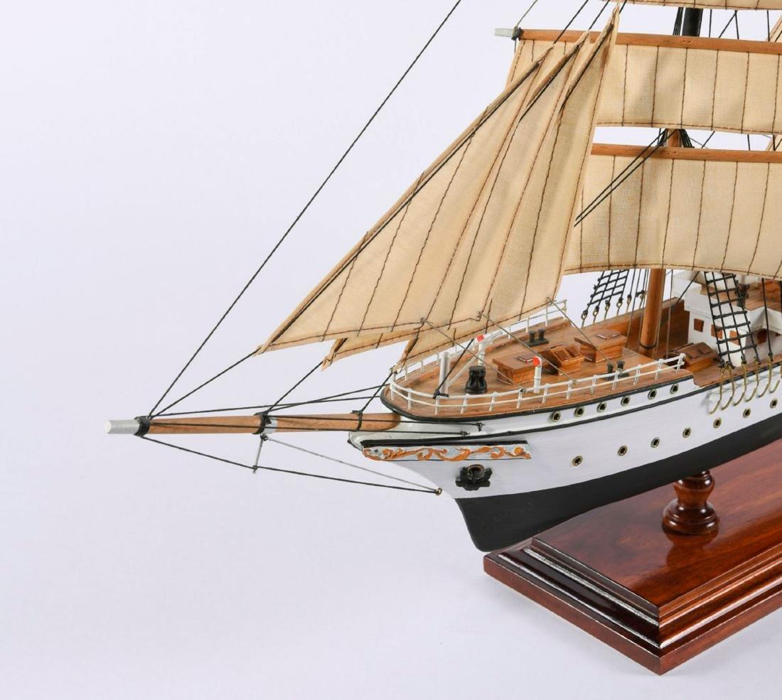 Model three-masted barque 'Mercator' - 6