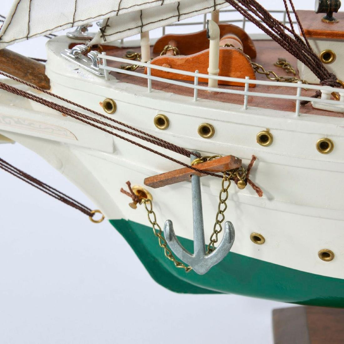 Model four-masted schooner 'J.S. Elcano' - 3