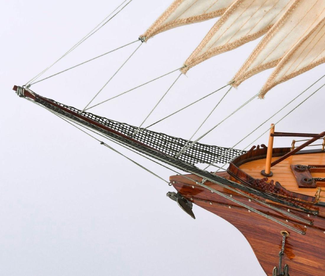 Model three-masted barque - 4