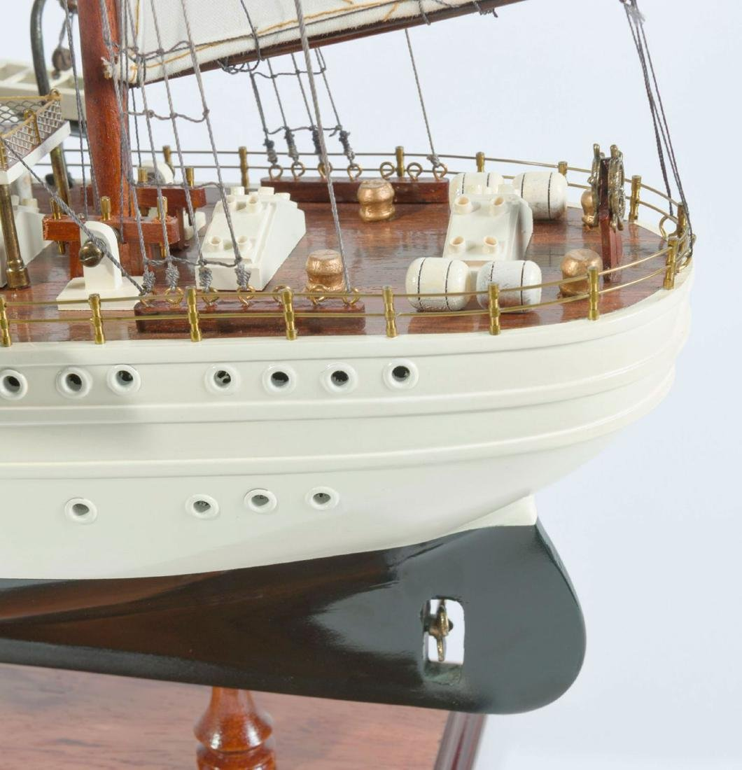 Model four-masted barque 'Esmeralda' - 3