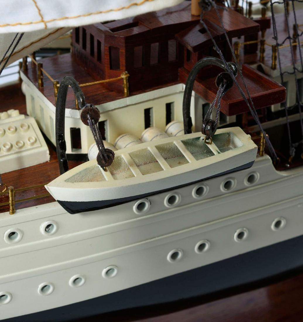 Model four-masted barque 'Esmeralda' - 5