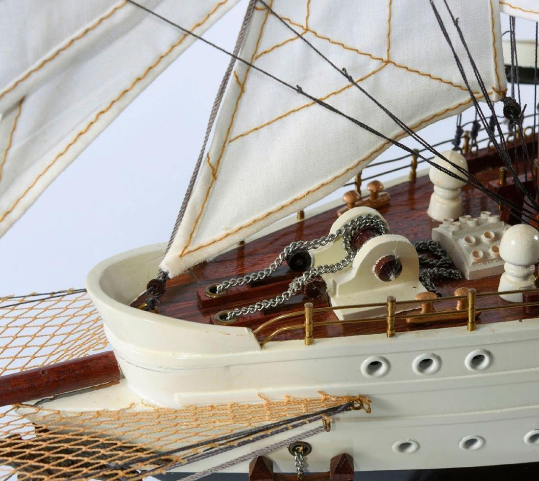 Model four-masted barque 'Esmeralda' - 6