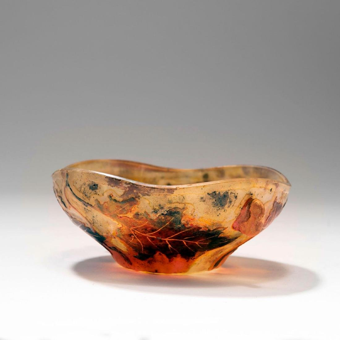 Chene et scarabee' bowl with handles, 1900-10 - 2