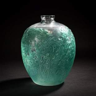 René Lalique, 'Acanthes' vase, 1921