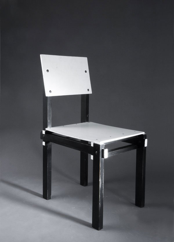 1010: Gerrit Rietveld. 'Military' chair. Plywood, wood,