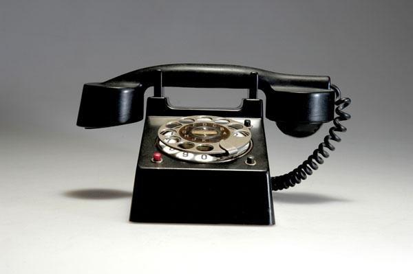21: Bauhaus. 'Bauhaus' telephone, designed in 1929. H.