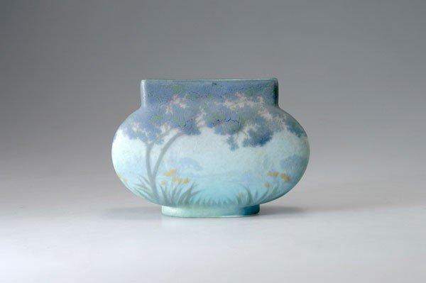 13: Amalric Walter, Nancy. Vase, circa 1910. H. 12 cm.