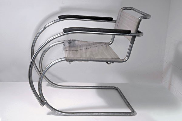 22: Ludwig Mies van der Rohe (after)
