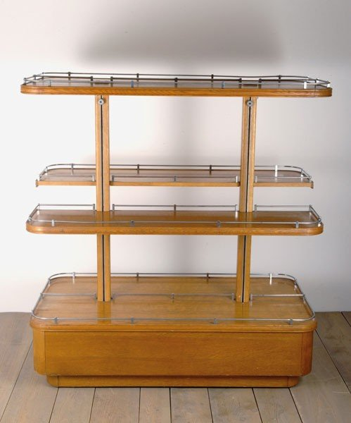 Italy. Etagere, designed and made in the 1940s. H. 129