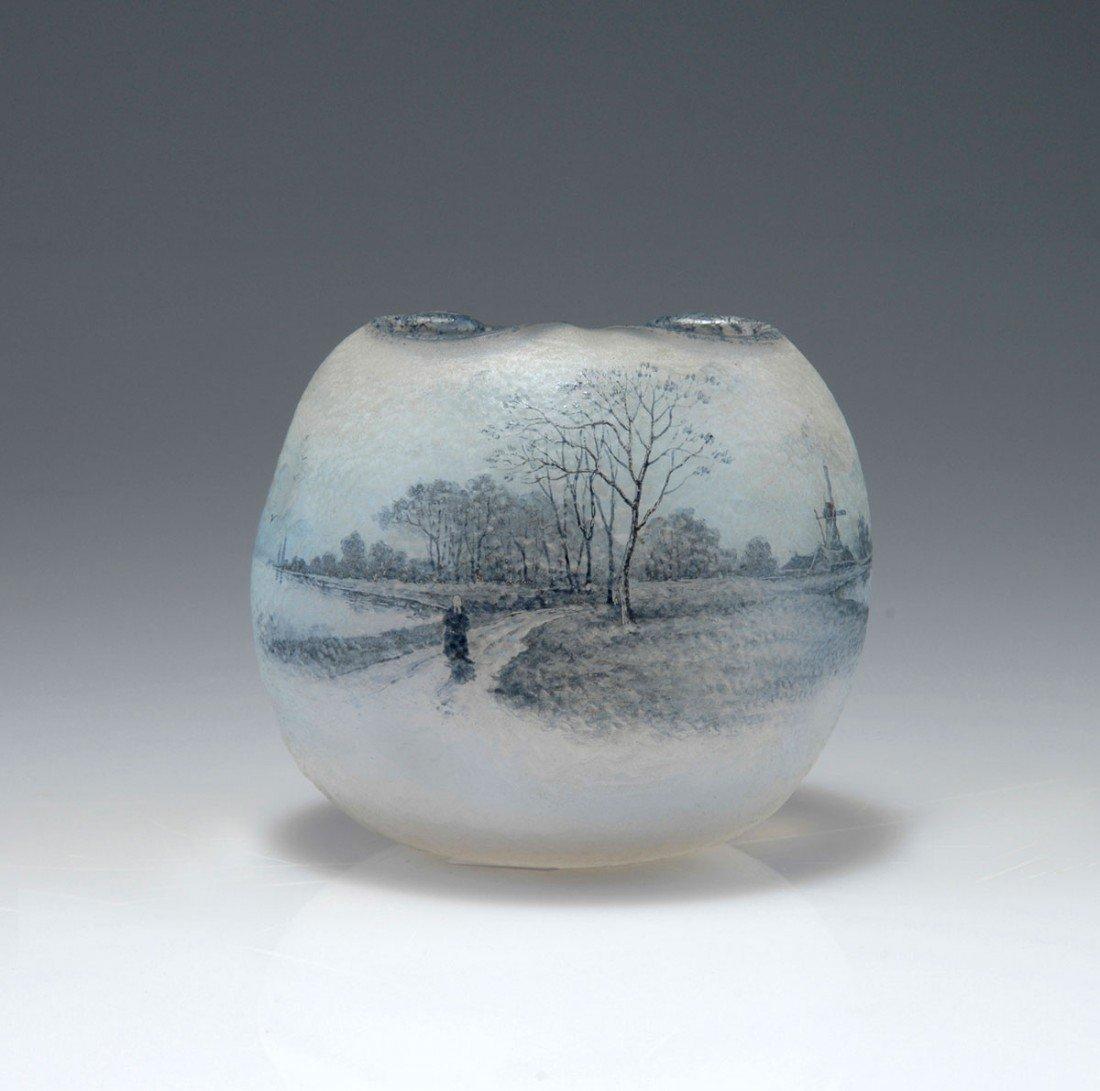 24: Vase 'Delft', 1899