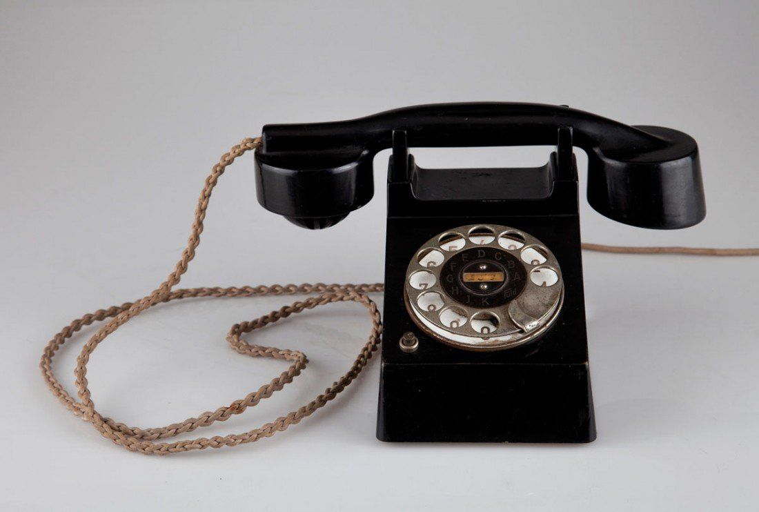 9: 'Bauhaus'-Telefon