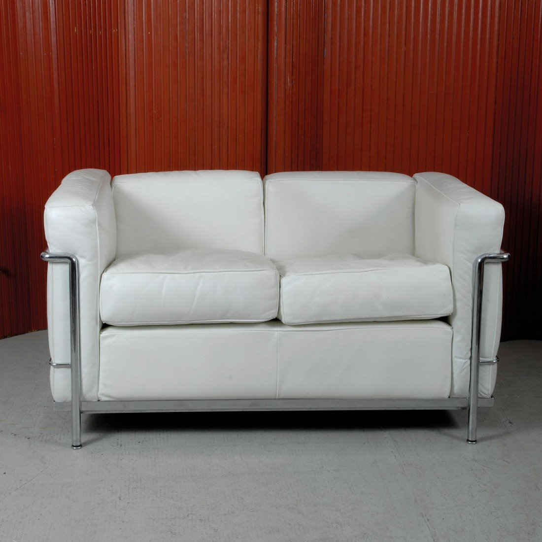 11: Sofa 'LC 2'