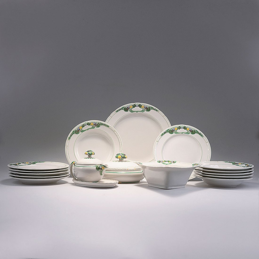 15: 'Ceres' dining set, 1912