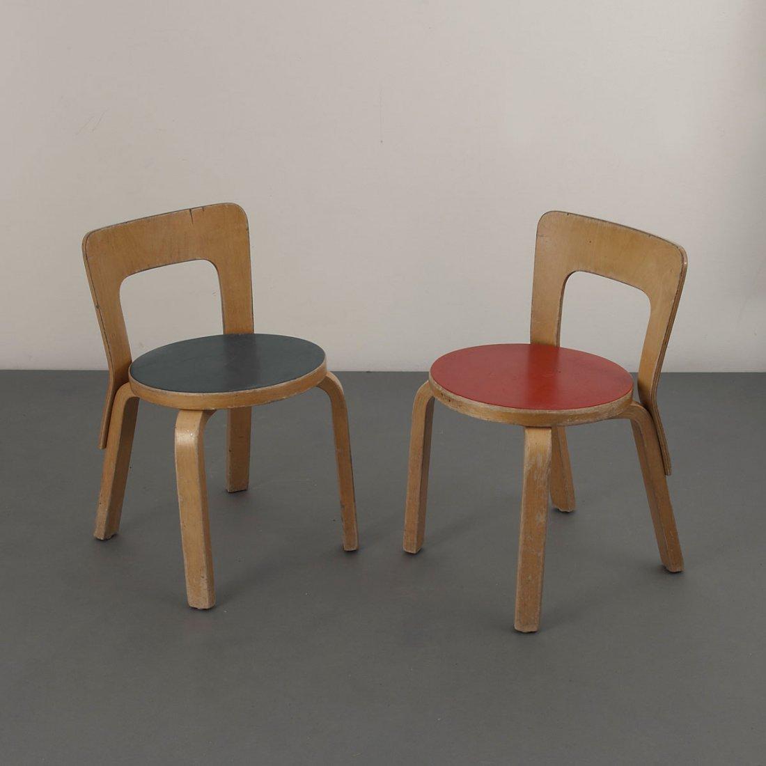 Alvar Aalto. Pair of '65' child's chairs, 1934. H. 60.5