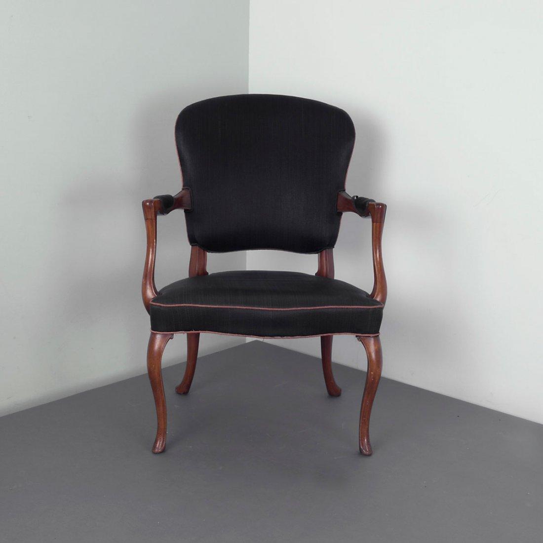 Frits Henningsen. Armchair, c1935. H. 90 x 64 x 67 cm.