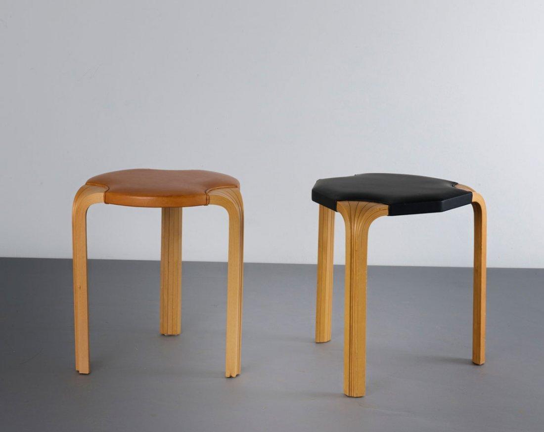 Alvar Aalto. Two X600' and 'X602' stools, 1954. H. 46 c