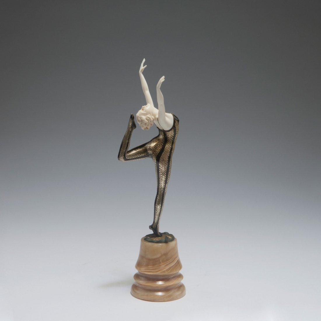 Snake dancer, past 1924