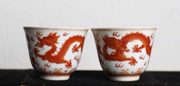A PAIR OF COPPER-RED GLAZED DRAGON PORCELAIN CUPS