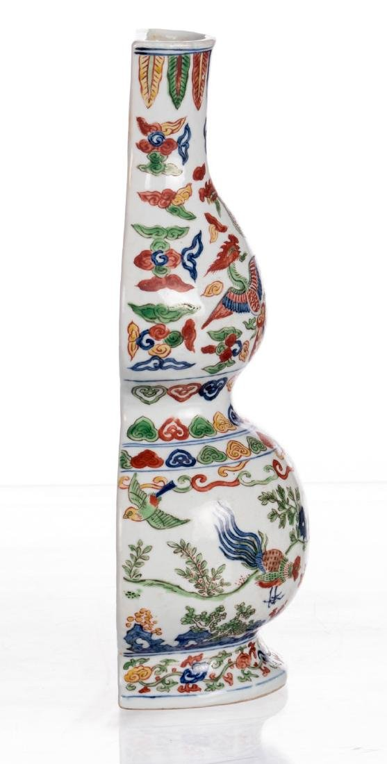 A Chinese wucai double gourd mural vase with phoenix, - 4