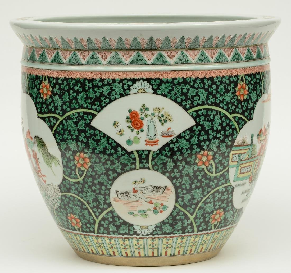 A Chinese famille verte cache-pot, the roundels - 3