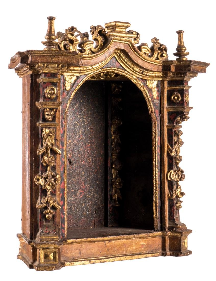 A polychrome painted and gilt wood niche, 17thC, H 41 -