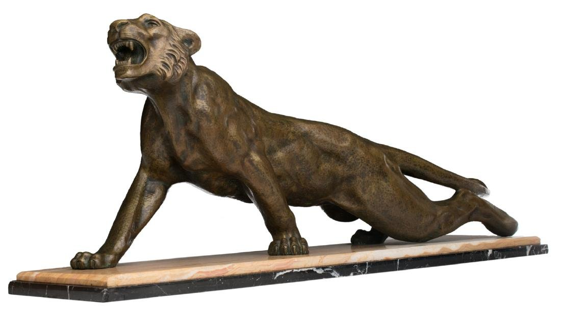 Unsigned, a lioness, patinated bronze on a marble and